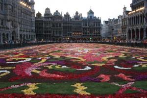 Alfombra de flores en Grote Markt. Autor doegox de Flickr.