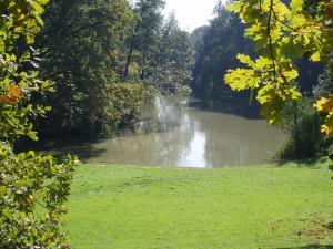 Lago en el Parque Maksimir. Autor ruscca de Flickr.